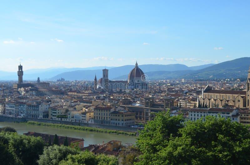 Florencia y Santa Maria del Fiore foto de archivo
