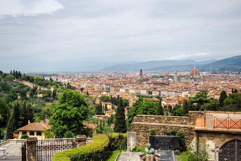 Florencja panoramy widok od San Miniato al Monte ko?ci?? w ci?gu dnia obrazy stock