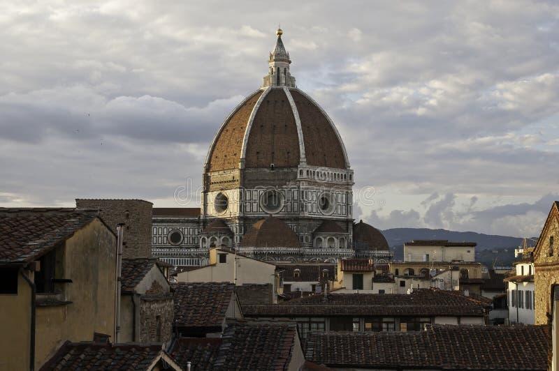 Florenz-Dächer und Kuppel Duomokathedrale stockfoto