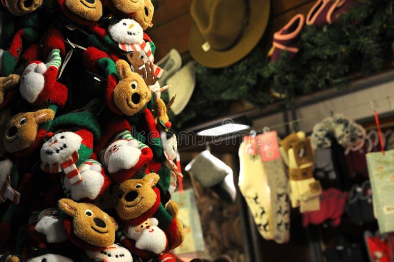 Florenz, im Dezember 2018: Weihnachtsmarionetten und -charaktere in einem Weihnachtsmarkt in Florenz lizenzfreies stockfoto
