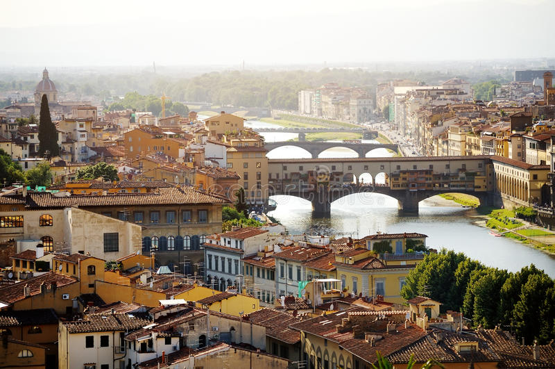 Florenz- und Ponte-Vecchio Panoramablick, Firenze, Italien lizenzfreie stockfotografie