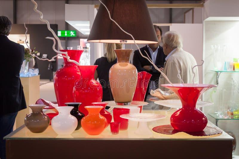 Download Floreros De Cristal En La Exhibición En HOMI, Demostración Internacional Del Hogar En Milán, Italia Fotografía editorial - Imagen de interior, parada: 44855942