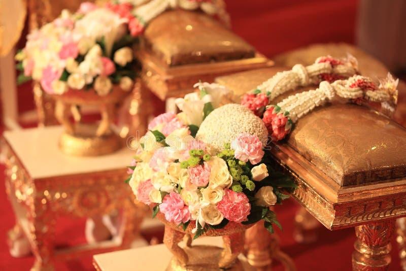 Floresça a festão do ramalhete e do jasmim para o casamento tailandês imagem de stock