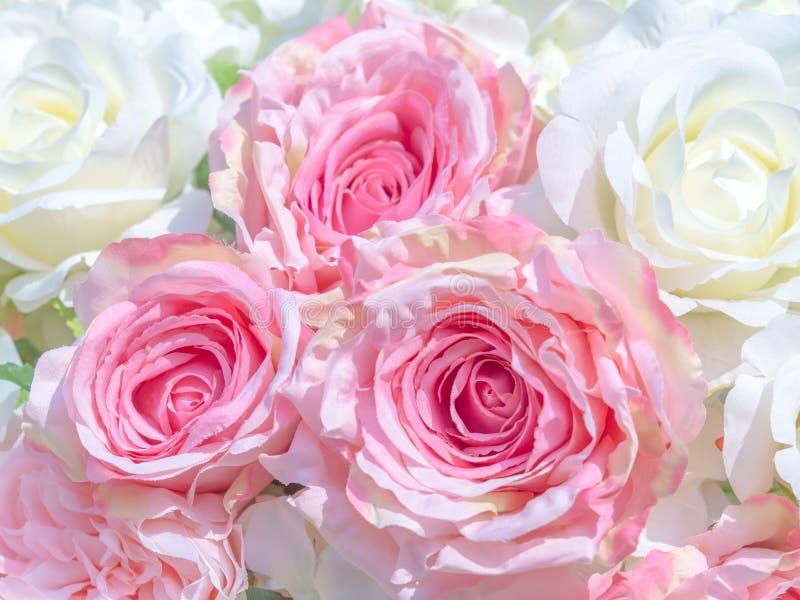 flores artificiales hermosas, arte decorativo de la mano imágenes de archivo libres de regalías