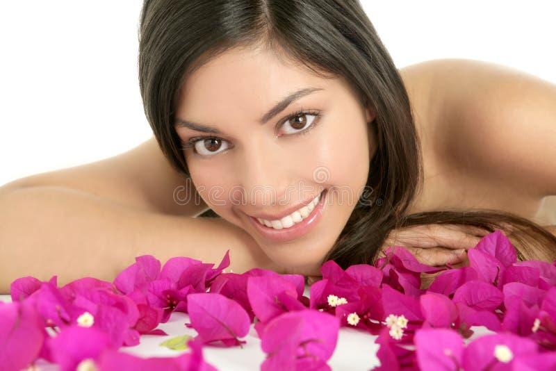 Flores bonitas do indian e do bougainvillea imagem de stock royalty free