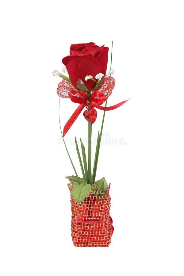 Flores color de rosa artificiales hermosas, aisladas en blanco imagen de archivo libre de regalías