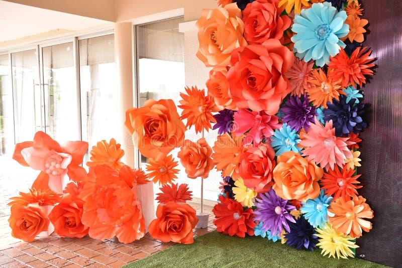 Flores coloridas fundo e textura para o contexto do Valentim ou do banquete de casamento foto de stock