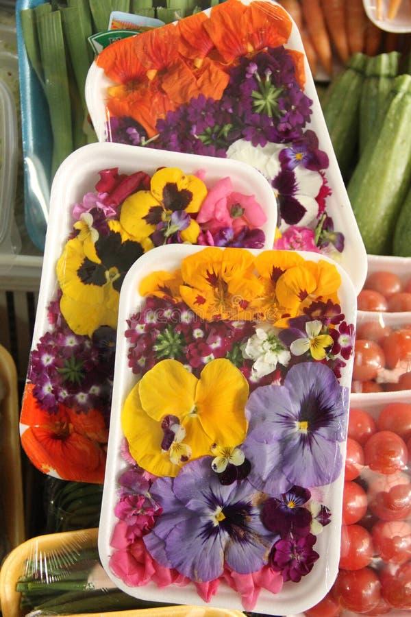 Flores comestibles imagen de archivo libre de regalías