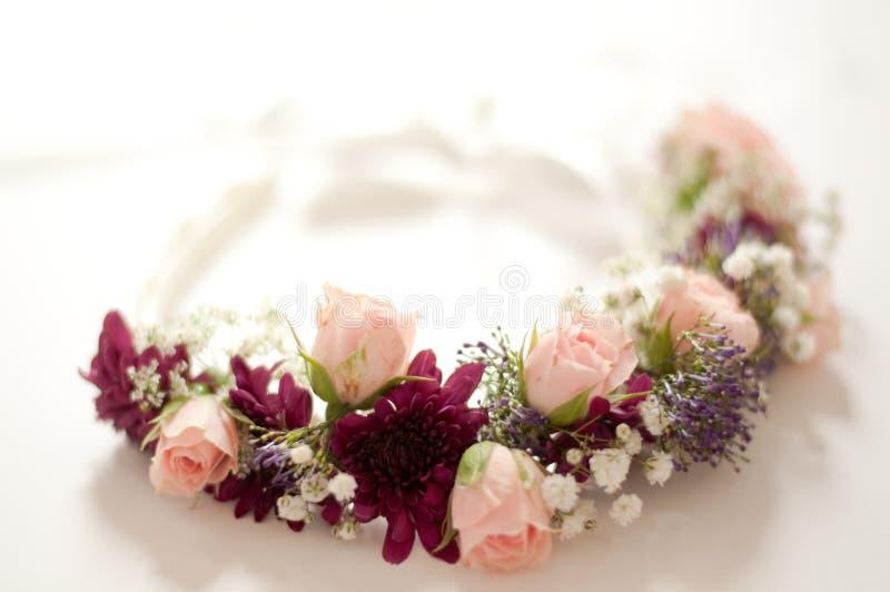 Flores da coroa do casamento fotos de stock