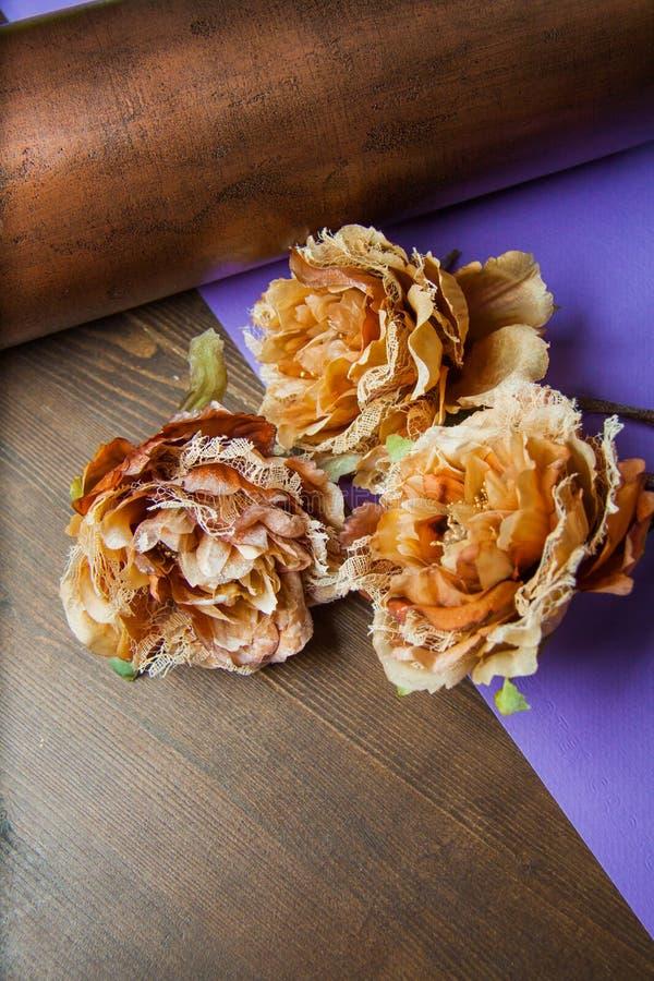 Download Flores del cordón imagen de archivo. Imagen de decoración - 64213353