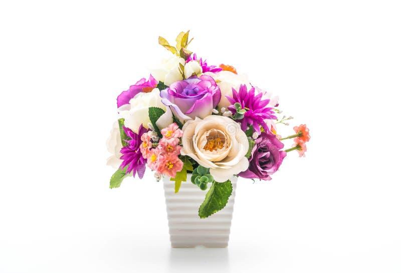 Flores del ramo en florero imagen de archivo