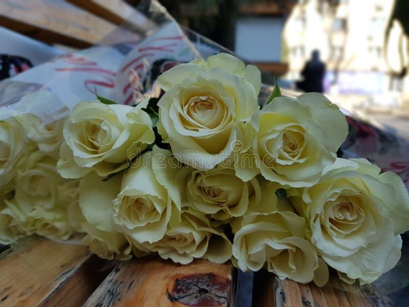 Flores en hospital el 8 de marzo imagen de archivo libre de regalías