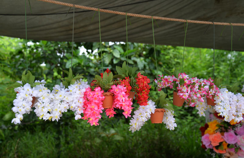 Flores falsas imagen de archivo libre de regalías