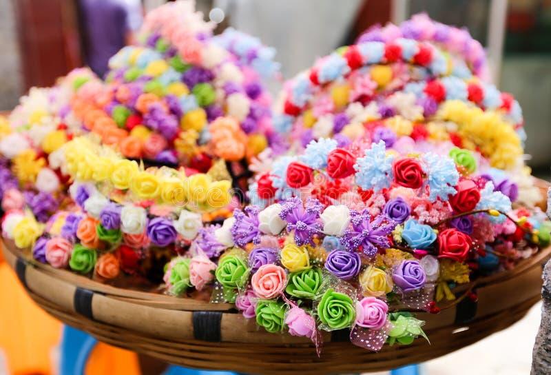 Flores falsas coloridas fotografía de archivo