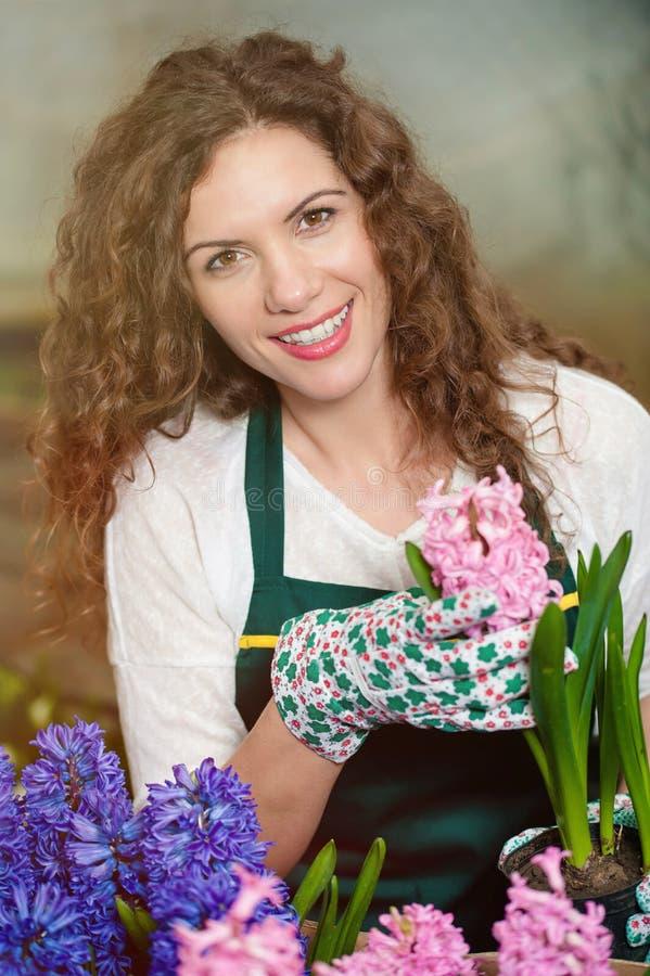 Flores hermosas listas para el mercado foto de archivo libre de regalías