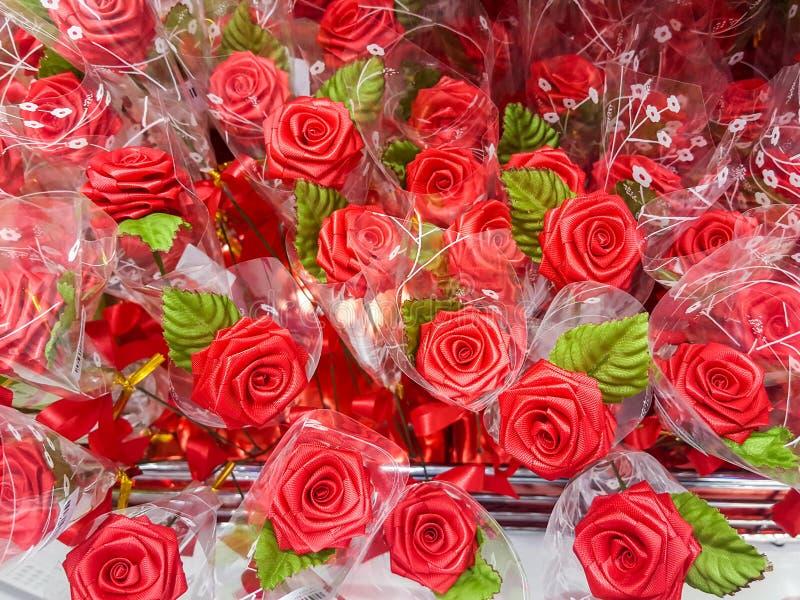 Flores plásticas fotografia de stock royalty free