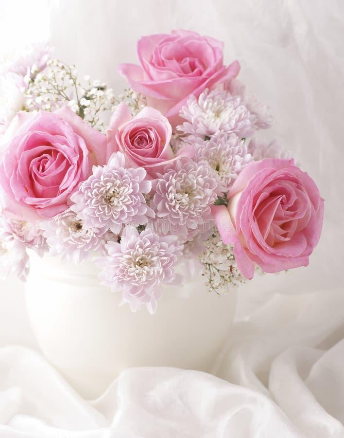 Flores românticas imagem de stock royalty free