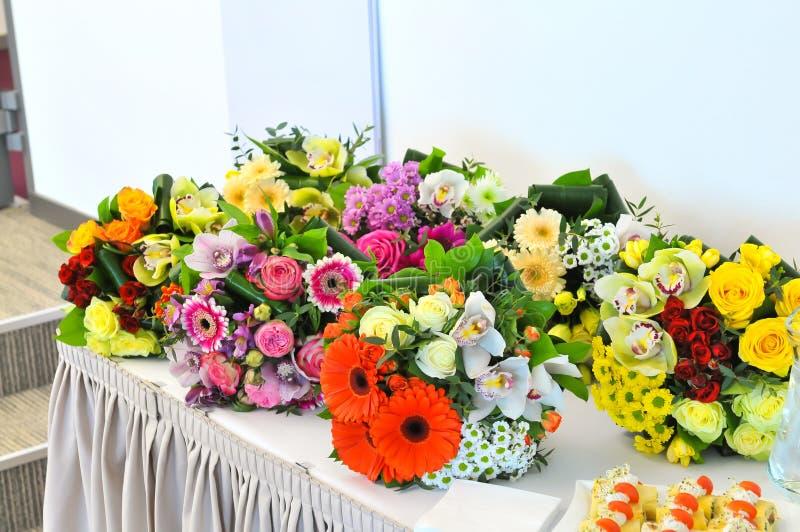 flores y bocados fotos de archivo libres de regalías