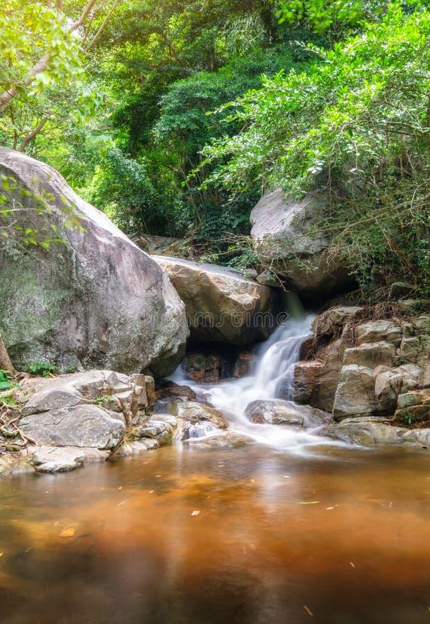 Floresta úmida tropical da cachoeira de Huai yang no parque nacional fotografia de stock royalty free