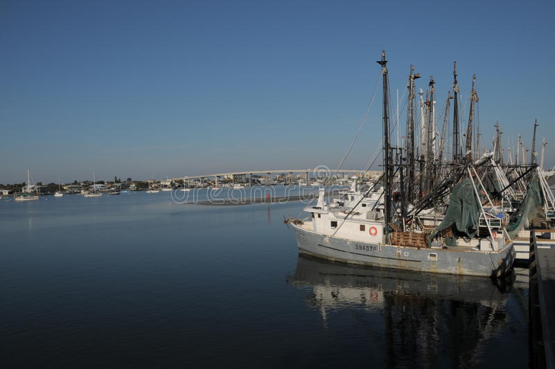Flota de fuerte Myers Shrimping horizontal imagenes de archivo