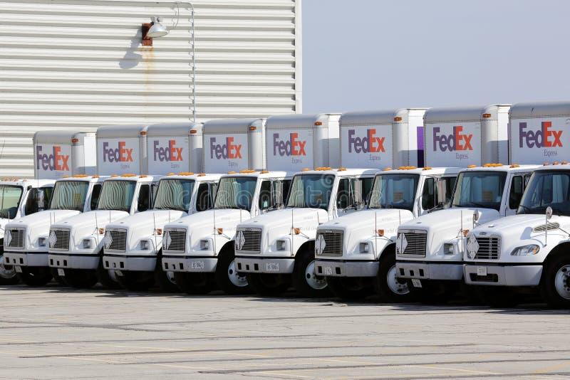 Flota Fedex ciężarówki obrazy royalty free