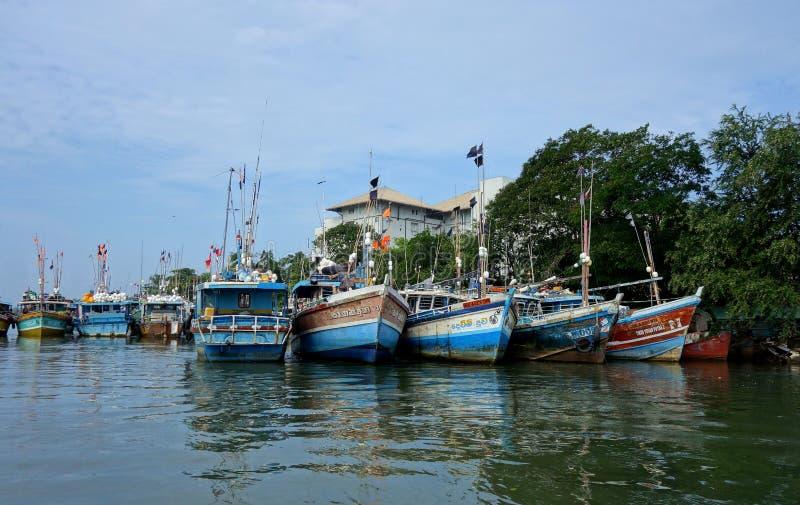 Flotta del peschereccio in Colombo Harbor fotografia stock libera da diritti