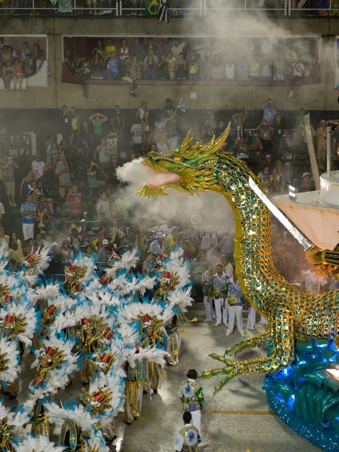 Flotteur de dragon, carnaval 2008 de Rio. images libres de droits