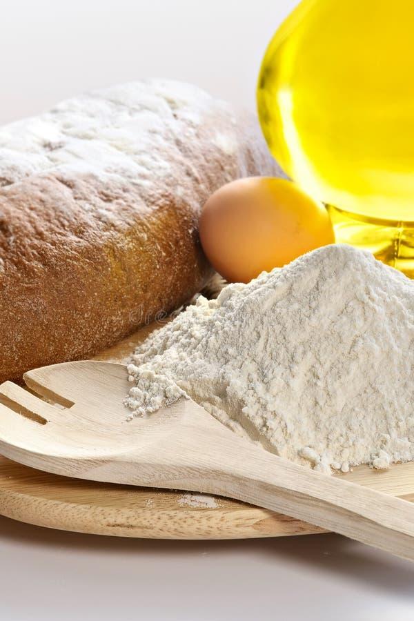 Free Flour, Eggs, Oil Royalty Free Stock Photo - 2134655