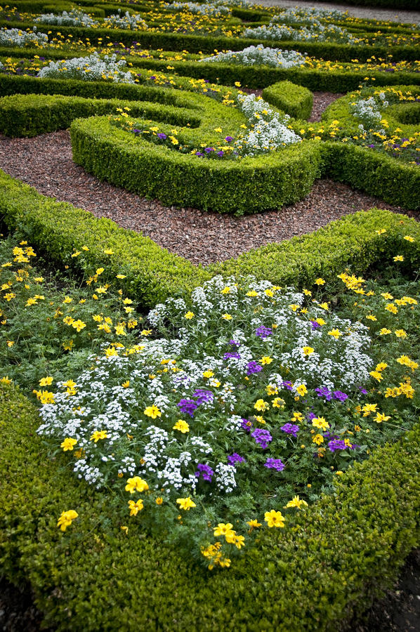 Download Flower Beds - Landscaped Garden Stock Photos - Image: 26840053