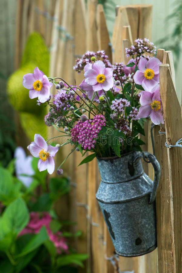 Free Flower Bouquet Stock Images - 45499394