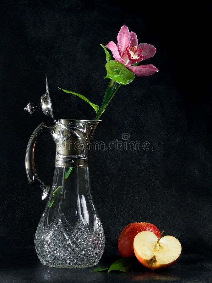 Download Flower In Flagon And Apples. Royalty Free Stock Photo - Image: 522875