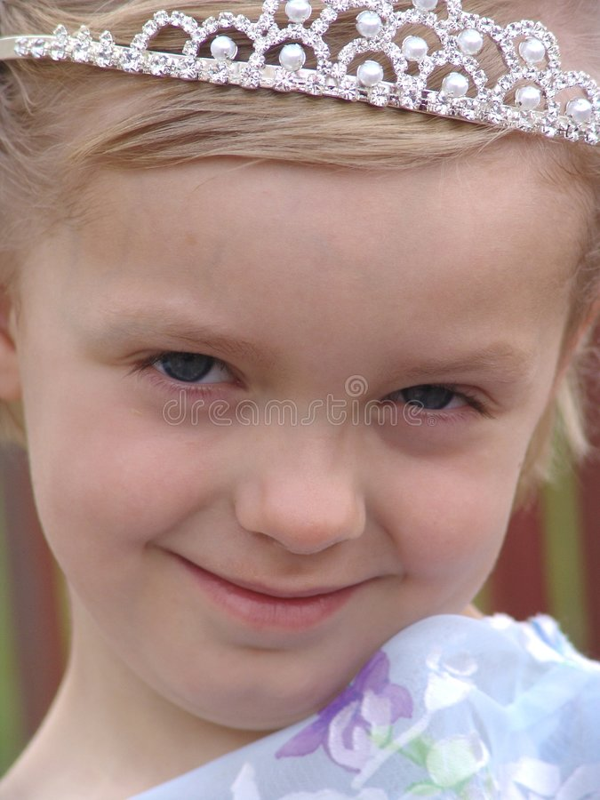Download Flower Girl Royalty Free Stock Image - Image: 179896