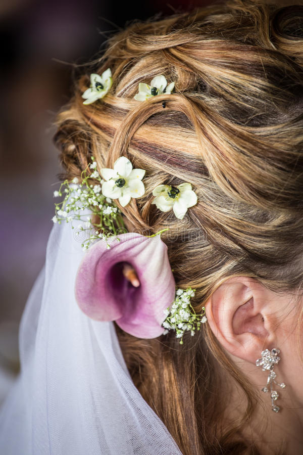Flower in hair bride royalty free stock photo