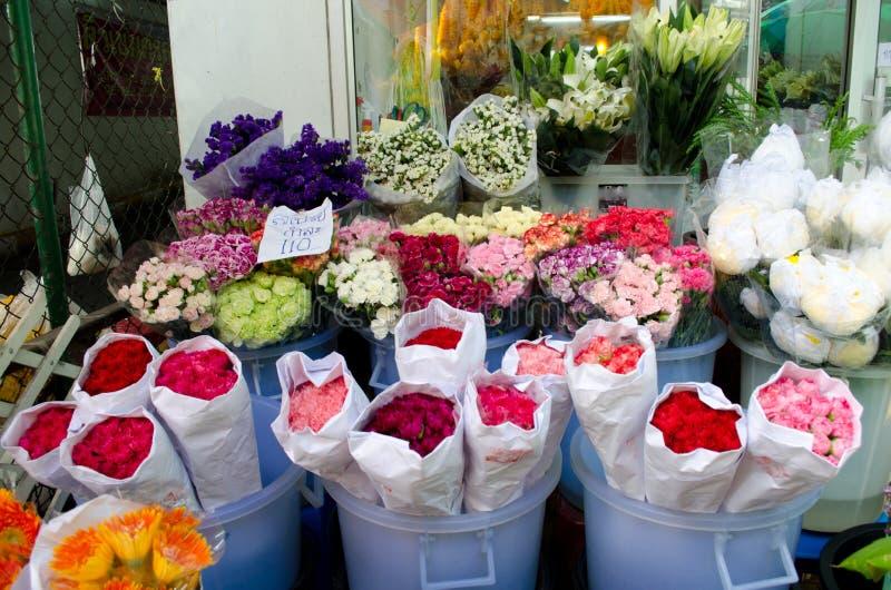 Flowermarket στη Μπανγκόκ, Ταϊλάνδη στοκ εικόνες