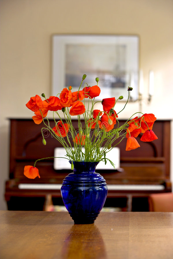 Free Flowers And Piano Stock Photos - 1633903