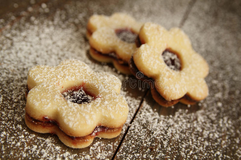 Download Flowers Cookies Royalty Free Stock Image - Image: 27844146