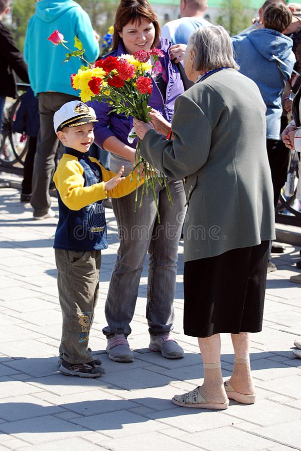 Download Flowers For A Female Veteran. Victory Day. Editorial Photography - Image: 19329112