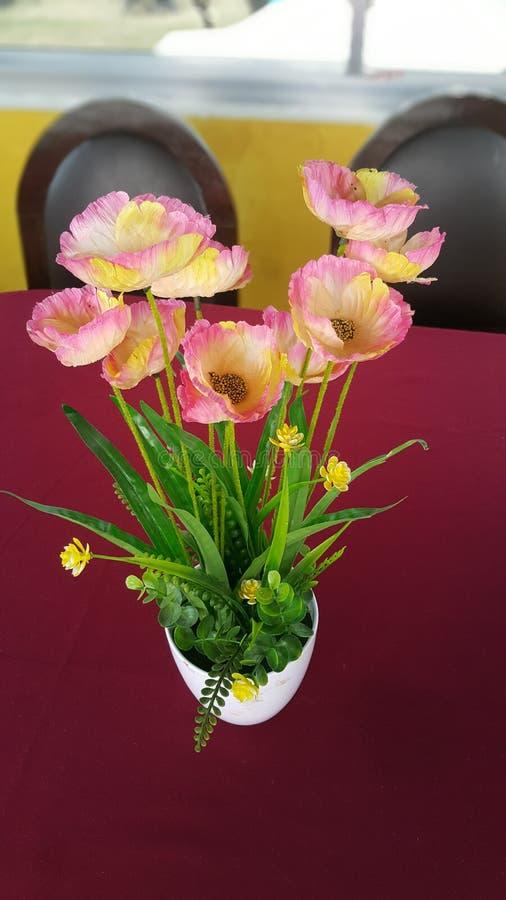 Flowervase fotografering för bildbyråer