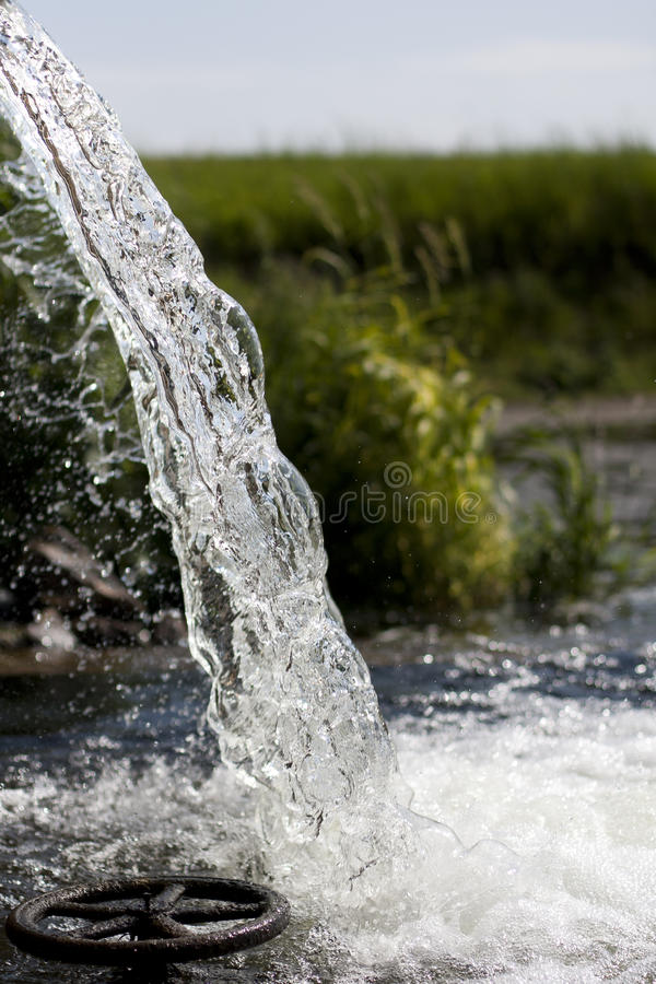 Flowing Pure Water Royalty Free Stock Photo