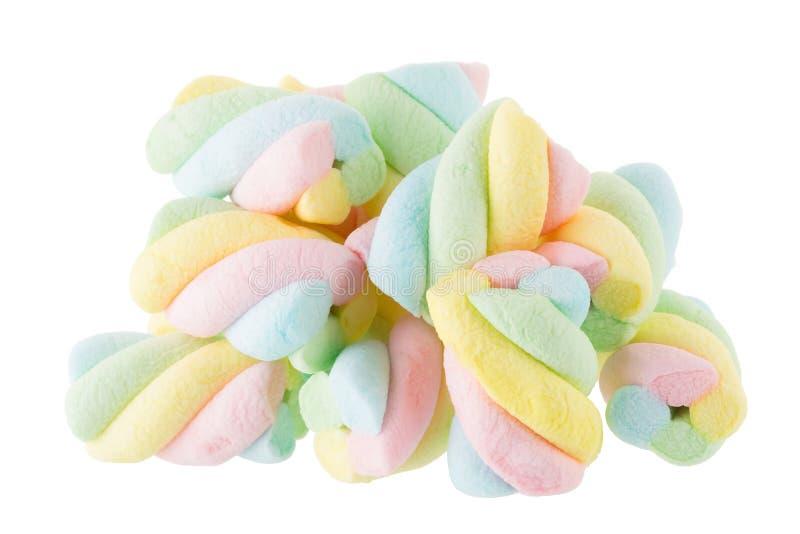Fluffig färgrik marshmallow som isoleras på vit bakgrund arkivfoto