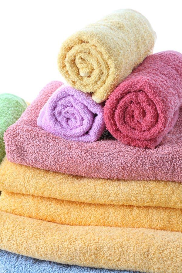 Fluffiga handdukar arkivbild