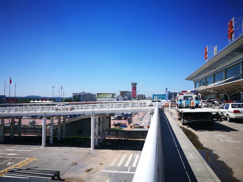 Flughafen Changchuns Longjia an einem sonnigen Tag stockfotografie