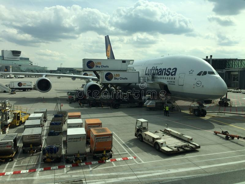 A380 am Flughafen in Frankfurt stockbild