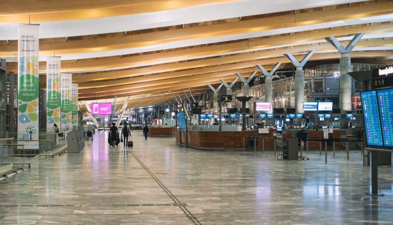 Flughafen-Innenraum-Szene stockfoto