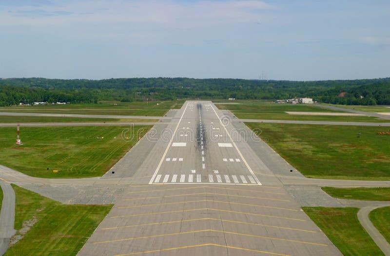 Flughafen-Laufbahn lizenzfreie stockfotografie
