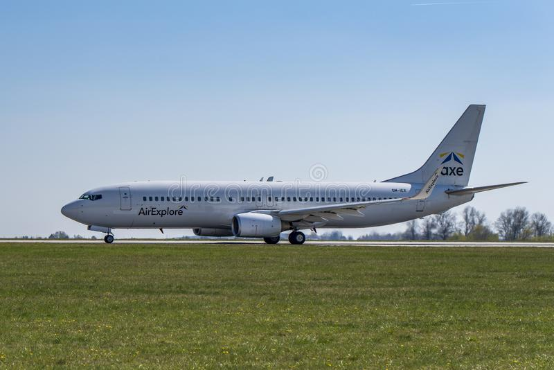 Flughafen Prag Ruzyne-LKPR, Boeing 737-800 stockfotografie