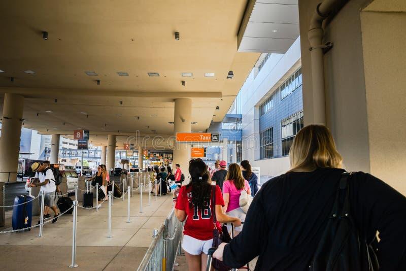 Flughafen-Taxilinie Bewegen Las Vegass McCarran lizenzfreie stockbilder
