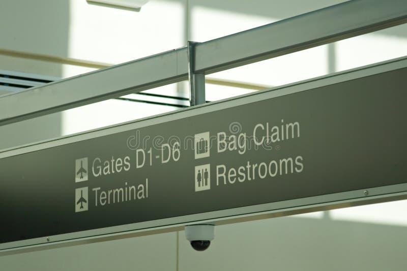 Flughafen-Terminal stockfotografie