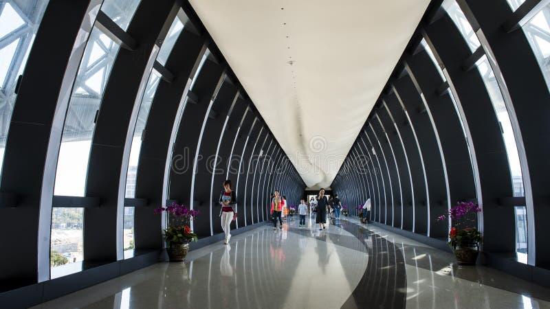 Flughafenarchitektur lizenzfreie stockfotos