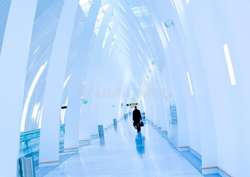 Flughafendurchfahrt lizenzfreie stockfotos